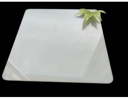Поликарбонат монолитный молочный (опал) 2мм 1525*2050 мм