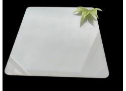 Поликарбонат монолитный молочный (опал) 2мм 2050*3050 мм