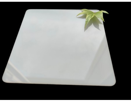 Поликарбонат монолитный молочный (опал) 4мм 2050*3050 мм
